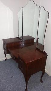 Dressing table, bedsite,drawer Elizabeth Playford Area Preview