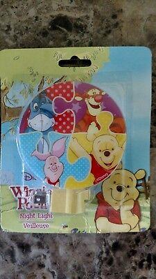 NEW Disney Winnie The Pooh Night Light, Rotary Shade W/ Bulb