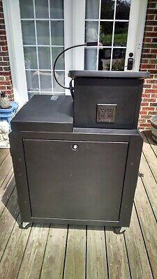 Great Lakes Mobile Server Cabinet Enclosure w/lectern 36 X 24 X 32 Great Lakes Enclosure