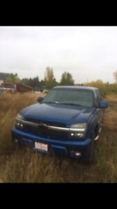 Chevy Avalanche NEW TRANNY (Fix T-case or for parts)