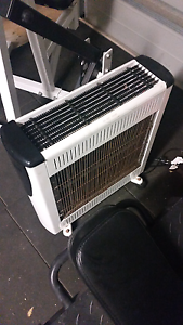 Electric heater Glenfield Campbelltown Area Preview