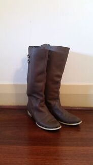 Size 9 Brown Leather Boots Beaconsfield Fremantle Area Preview