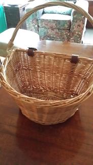 Bicycle basket new