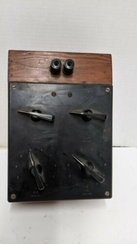 Hallcross   Decade Resistor Box  Vintage Resistance s/n 25499