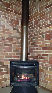Gas heater Parkerville Mundaring Area Preview