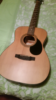CORT ACOUSTIC GUITAR IN SOFT CARRY CASE