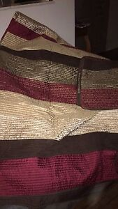 King size quilt with 2 shams.