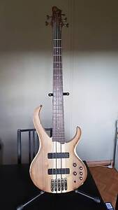 Ibanez BTB675 5 string bass West Wallsend Lake Macquarie Area Preview