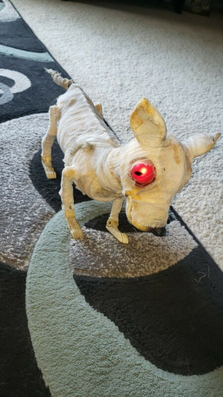 HALLOWEEN ANIMATED MUMMY DOG BY GEMMY