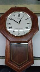 Seiko Solid Oak Case Westminster/Whittington Pendulum Chime Wall Clock/Beautiful