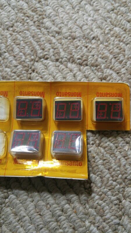 Lot Of 5 New Old Stock Monsanto MAN 6710  B Led Displays