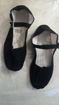 (NEW girls  black cloth classic mary jane flats)