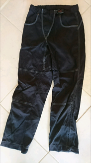 Ladies mountain biking long pants size 6-8