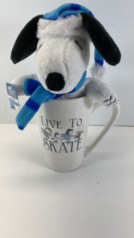 "Pranuts Snoopy Plush In Mug ""Live To Skate"" New"