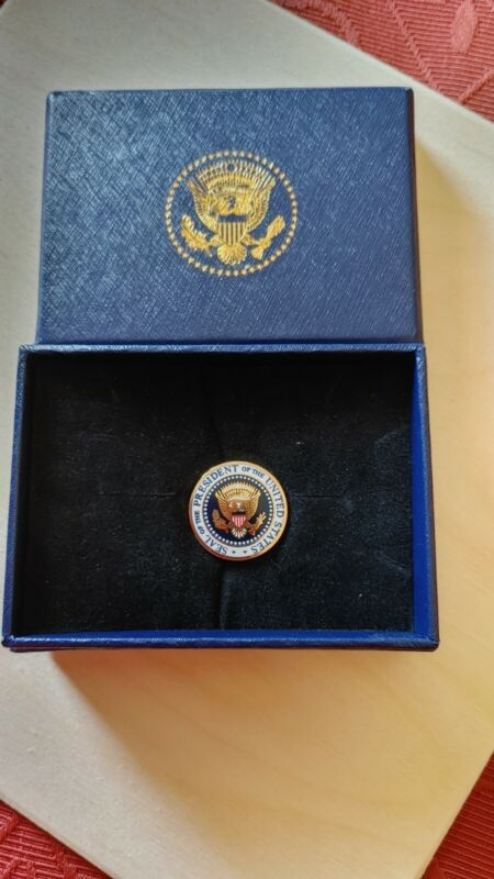 Donald Trump Seal Of The President of the United States Lapel Pin