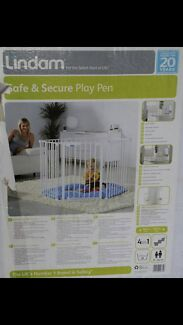 Lindam 4in1 Metal Playpen / Room Divider / Baby Gate / Hearth Guard