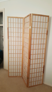 Solid Timber Elegance Screen