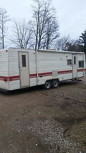 1984 28 foot Prowler good cond.
