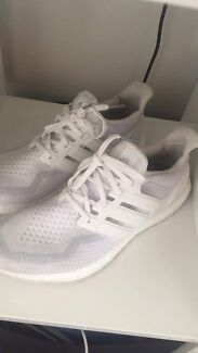 Adidas Ultraboost 2.0  Triple white us10