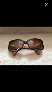 Beautiful gently used COACH Sunglasses