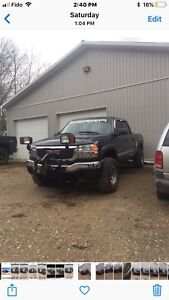 2005 2500Hd GMC.  4 By 4  Extensive modifications
