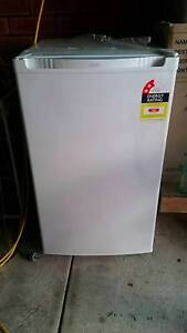 82L Upright Freezer - like new Claremont Nedlands Area Preview