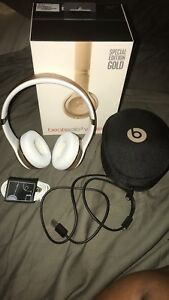 Beats solo 3 wireless special edition gold