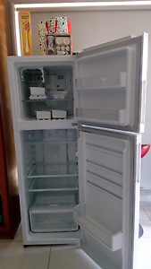 Fridge not working Toongabbie Parramatta Area Preview