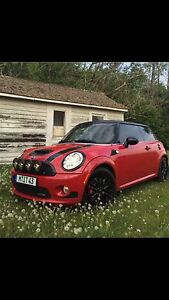 2009 John Cooper Works MINI (fully loaded and low kms)