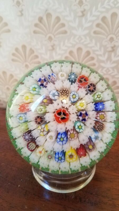 PARABELLE PAPERWEIGHT Millefiori Concentric Circles Pansy Center 1985