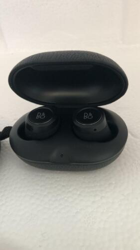 Bang & Olufsen Beoplay E8 Truly Wireless Headphones- BLACK CLASSIC !!!!!!