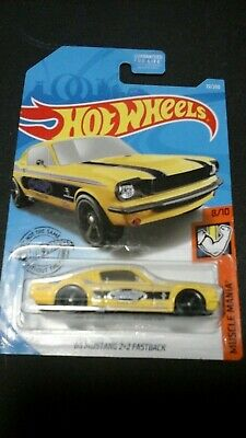 Hot Wheels HW 2019 Muscle Mania - '65 Mustang 2+2 Fastback FYG74-D9C0Q MOC