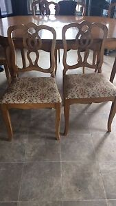Kitchen table with 6 chairs! REDUCED