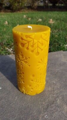 Handmade 100% Beeswax Snowflake Pillar Candle All-Natural, Cotton Wick Long Burn - Snowflake Candles
