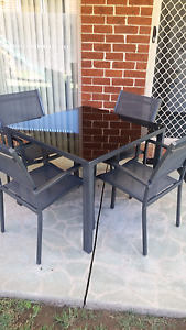 Mimosa 5 piece outdoor setting West Hoxton Liverpool Area Preview