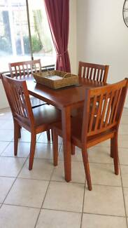 Dining set LIKE NEW Adamstown Heights Newcastle Area Preview