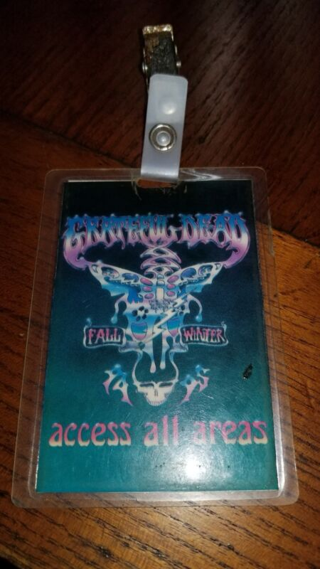 THE GRATEFUL DEAD FALL WINTER 94/95 TOUR LAMINATE BACKSTAGE PASS