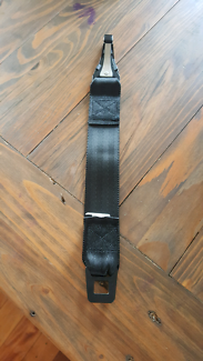 Child restraint/baby seat extension strap