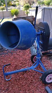 Cement mixer Bendigo 3550 Bendigo City Preview
