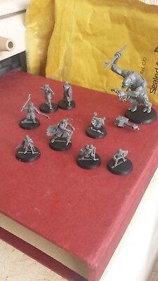 Set pack lote de 32 miniaturas del señor de los anillos (9 heroes buenos protas) segunda mano  Alquería de Serra