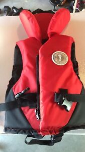 Mustang survival children's vest