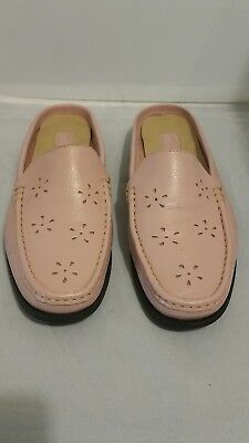 WOMEN'S DUCK HEAD SINCE 1865 LEATHER PINK SIZE 9 B SLIP ON SHOES