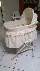 Babyhood Bassinet Leanyer Darwin City Preview