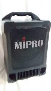 Mipro Speaker Powered portable PA