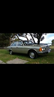 1984 Mercedes-Benz 280 Sedan
