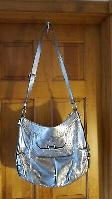 Large Silver Purse   The Sak   Pre Owned With Adjustable Strap