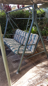 Garden swing Centenary Heights Toowoomba City Preview
