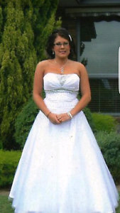 Deb/ Wedding dress Rowville Knox Area Preview