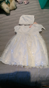 Special occasion / Christening dress & hat Forster Great Lakes Area Preview
