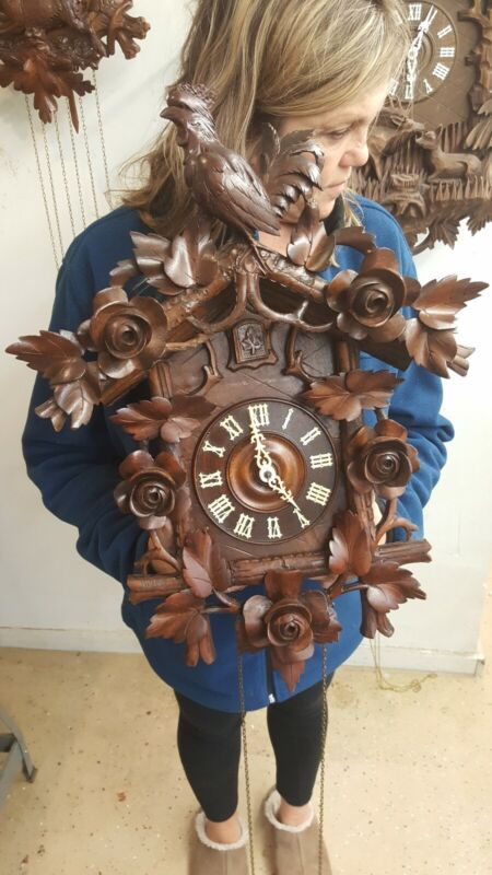 Beautiful 8 day antique black forest cuckoo clock from Germany